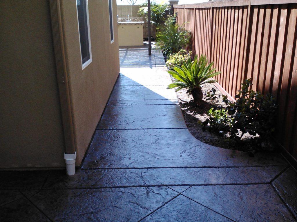 Sidewalk Concrete Contractor Vista, Pathway Walkway Concrete Company